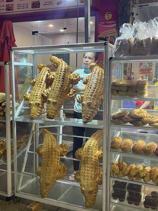 Хлеб в форме крокодила, Вьетнам