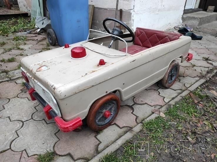 «Львовянка ДА4М», выпускавшаяся на Львовском заводе автопогрузчиков в цеху №33 с 1980 по 1993 год