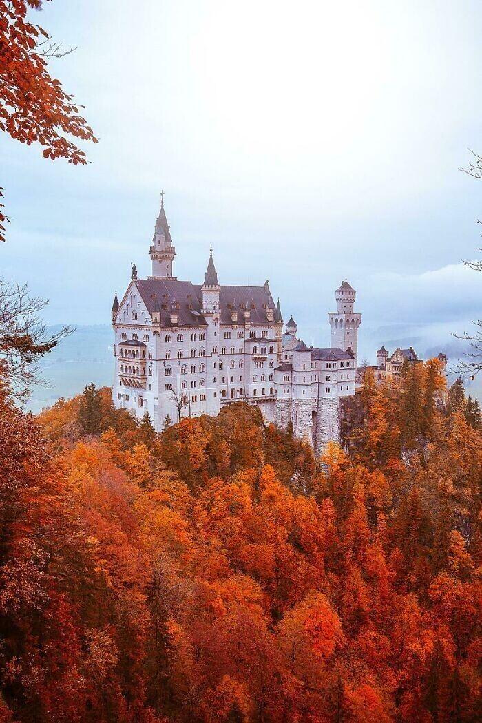 36. Замок Нойшванштайн, Бавария, Германия