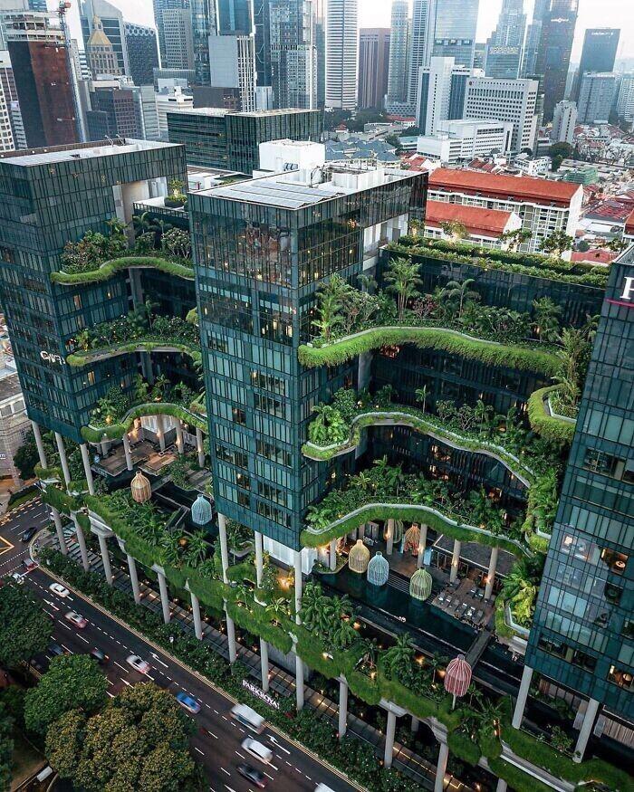 33. Отель Park Royal в Сингапуре