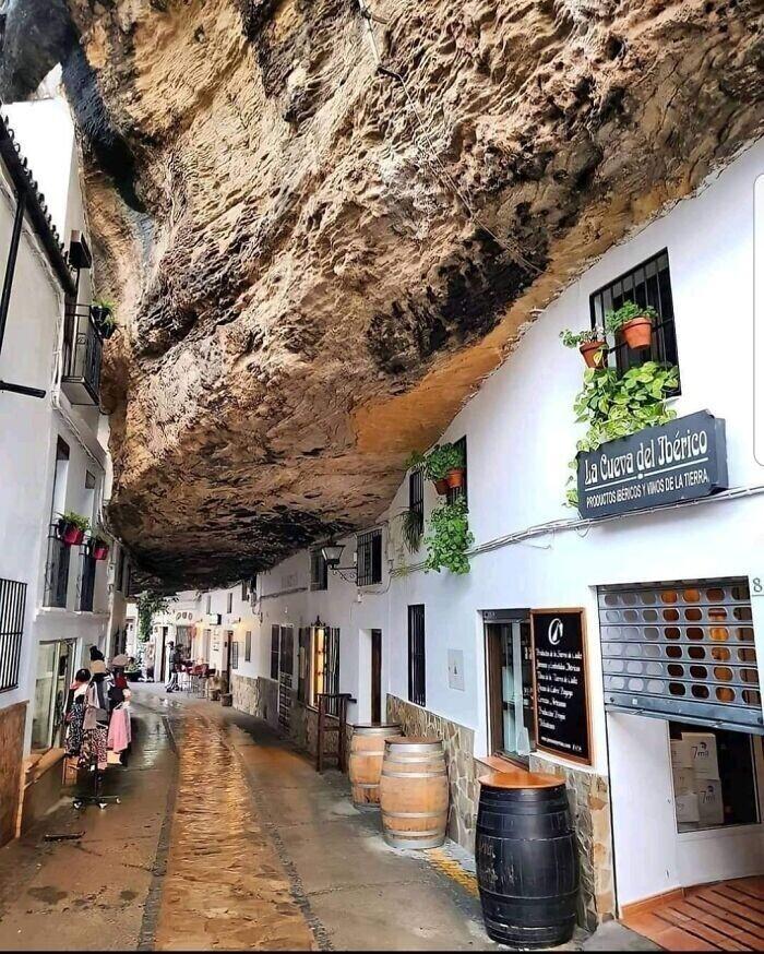 41. Город Сетениль-де-лас-Бодегас в Кадисе, Испания