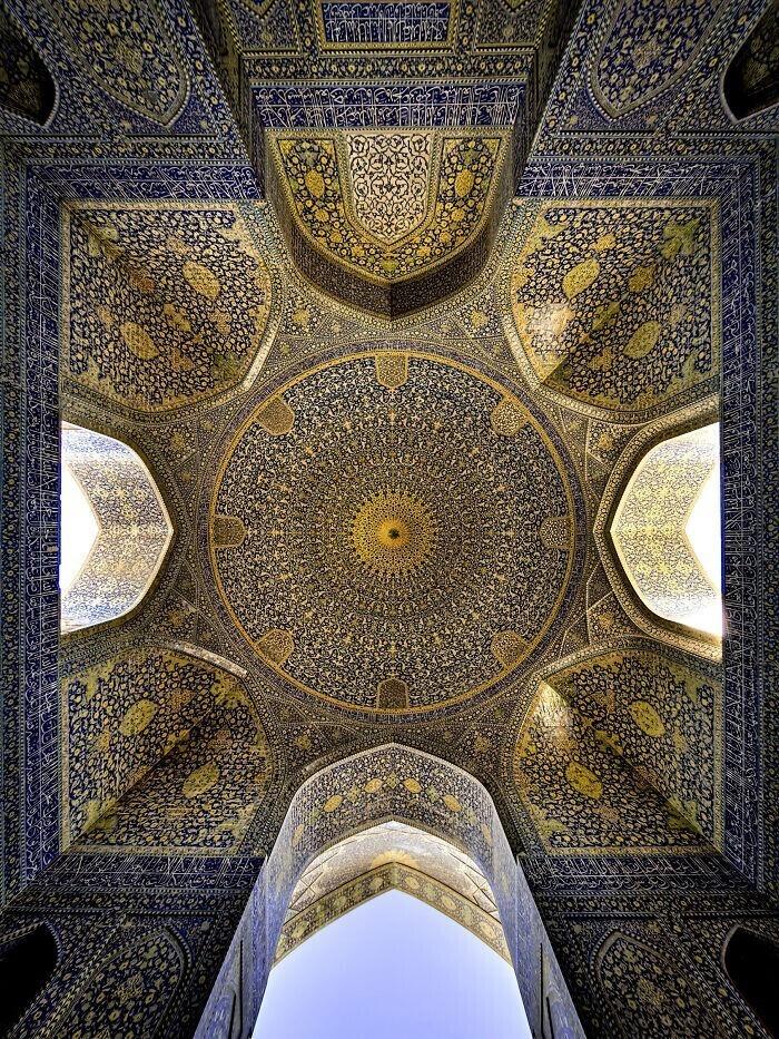 14. Потолок Шахской мечети в Исфахане, Иран