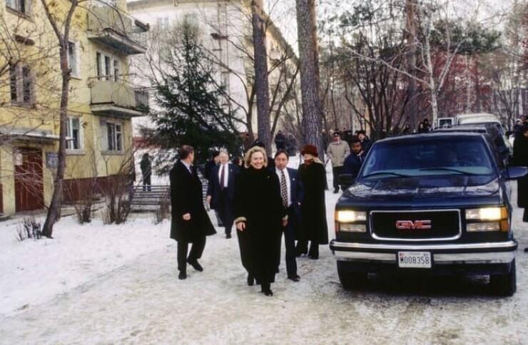 11. Хиллари Клинтон в Новосибирске, 16 ноября 1997 года