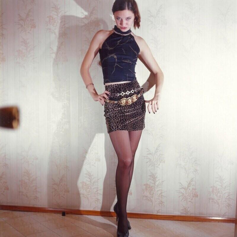 """14. Еще одно фото с """"кастинга"""". В 1998-1999 годах американец Дэн Стилл занялся секс-туризмом по городам России. Со своими русскими """"избранницами"""" он не только хорошо проводил время, но и фотографировал их"""