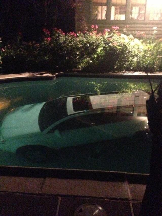 Я думаю, мой сосед больше не сядет пьяным за руль