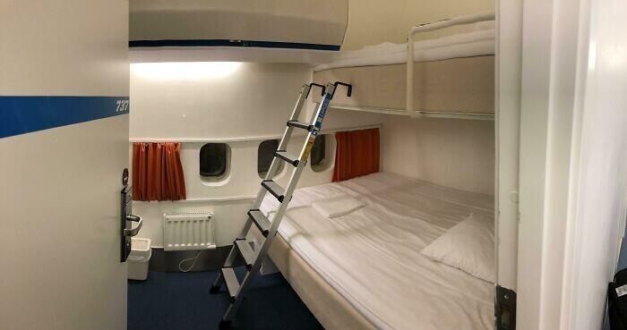 Boeing 747, который превратили в отель в аэропорту Стокгольм-Арланда, Швеция