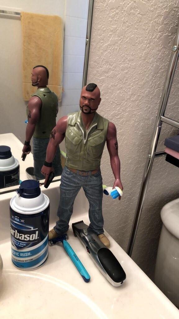 """""""Чего только ни найти в мужской ванной.."""""""