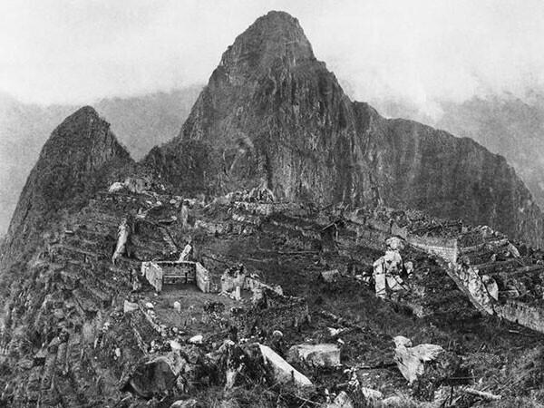 29. Первый снимок после открытия Мачу-Пикчу в 1912 году