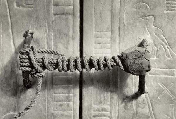 47. Несломанная печать на гробнице Тутанхамона