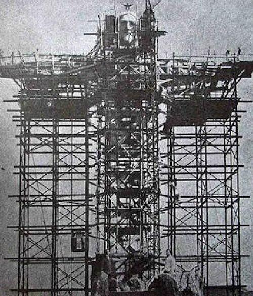 30. Строительство Христа-Искупителя в Рио-де-Жанейро, Бразилия