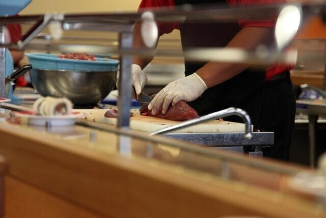 Работать суши-шефом
