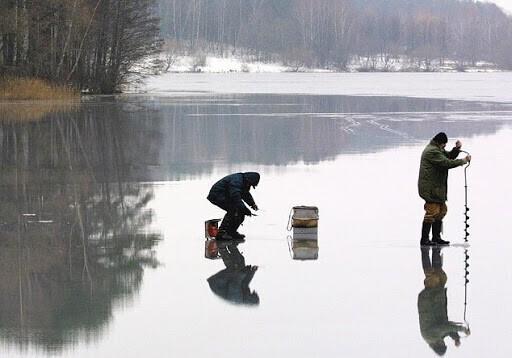 Зимняя рыбалка на грани абсурда