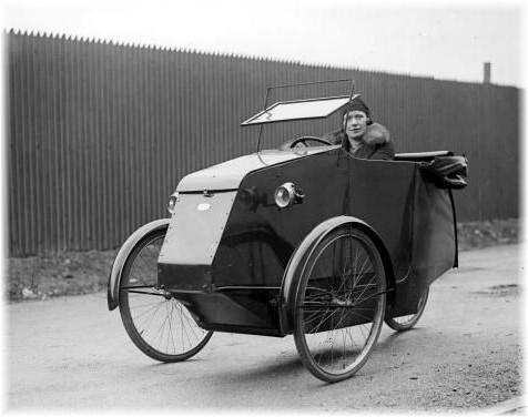 Pedelux, 1928-1930