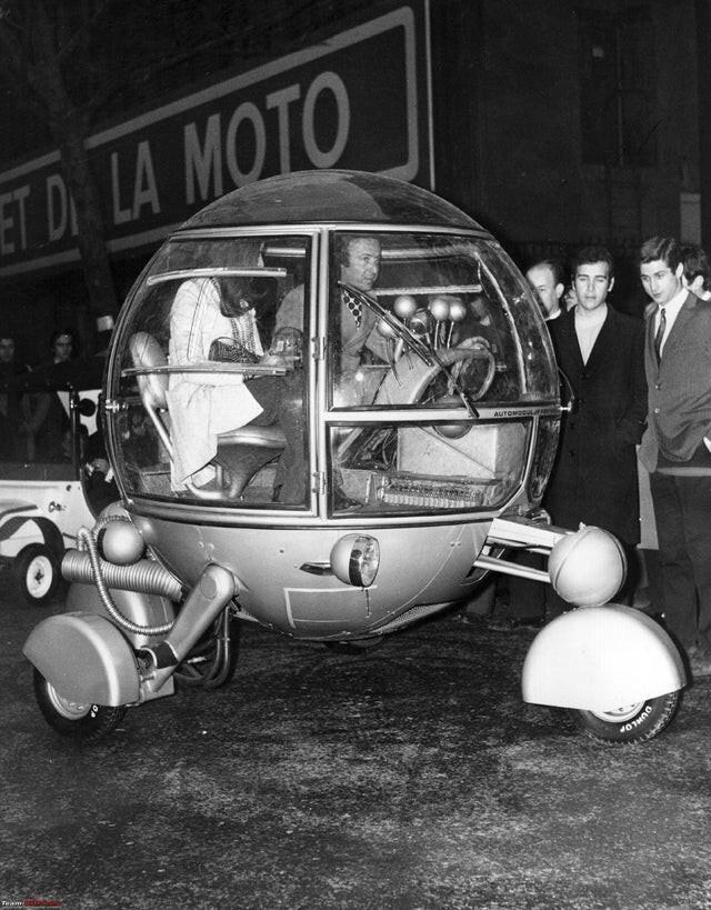 Automodul, на выставке Racing Car and Cycle в Париже, 1970