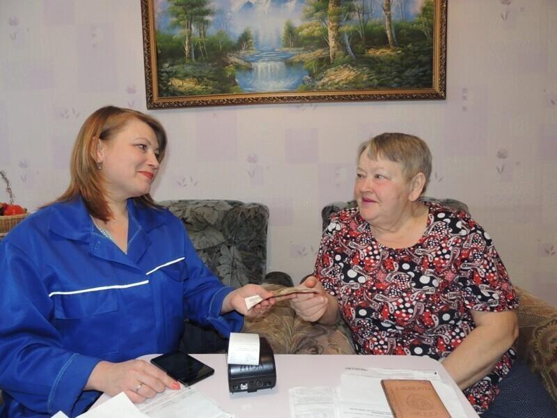 Российские почтальоны пожалели неходячих пенсионеров