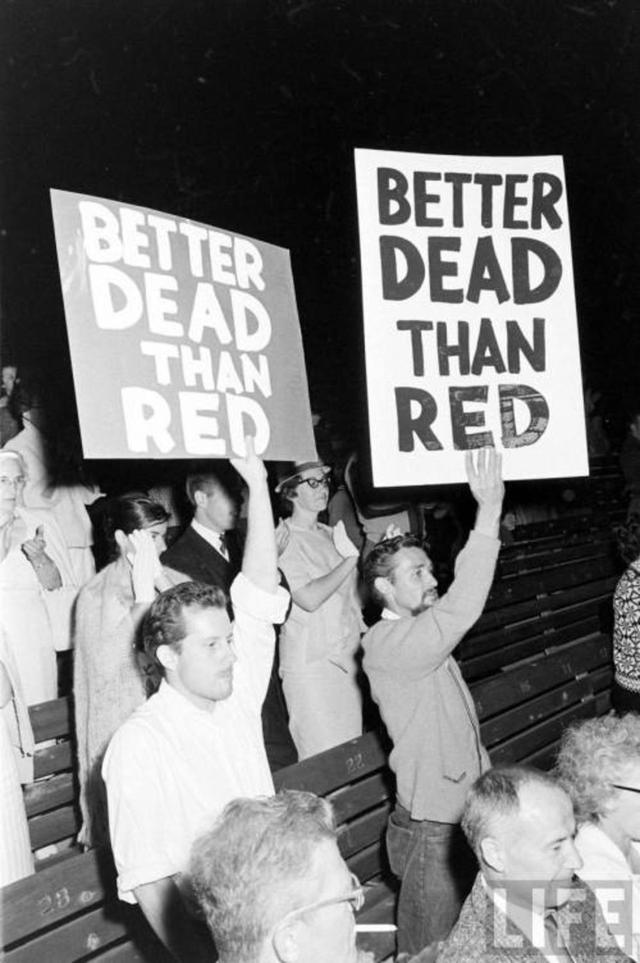 Антикоммунистический митинг «Лучше мертвый, чем красный» на Голливудской чаше, 1961 год