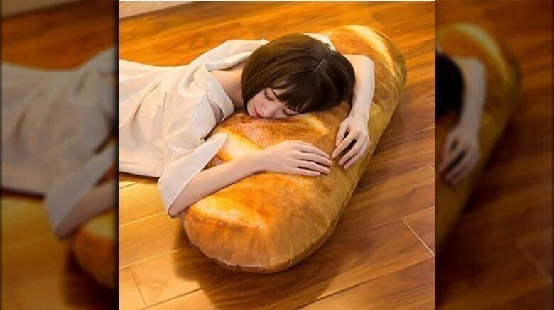 """4. Подушка """"Хлеб"""""""