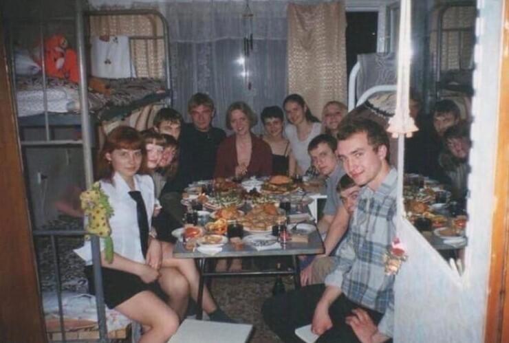 3. Новый год в студенческом общежитии. 1995 год
