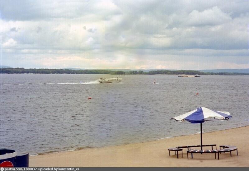 Пляж на Старой набережной
