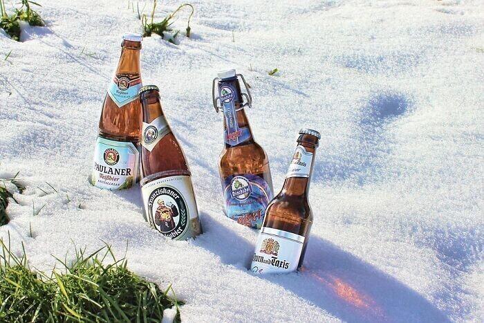 28. Шведы зимой охлаждают напитки на улице