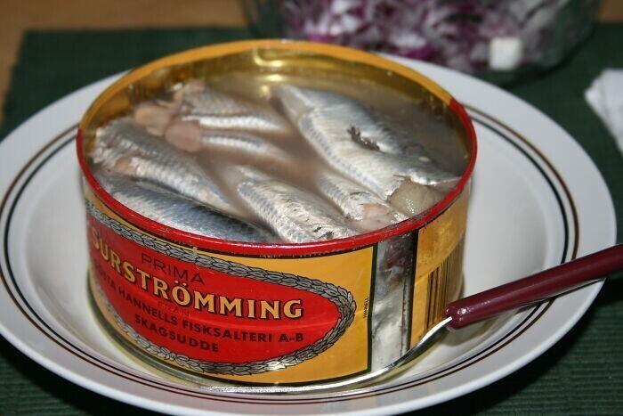 27. В Швеции едят тухлую рыбу
