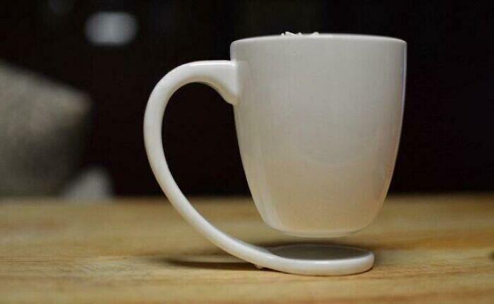 Чашка, которая не оставляет на столе круглых пятен