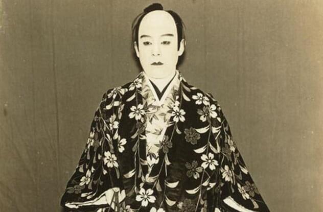 Первыми гейшами были мужчины