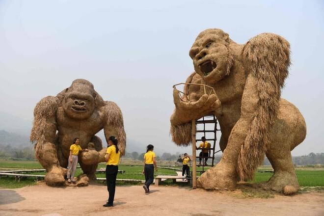 Скульптуры из соломы, Таиланд