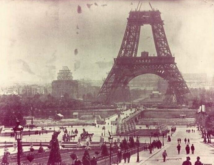 Строительство Эйфелевой башни, июль 1888