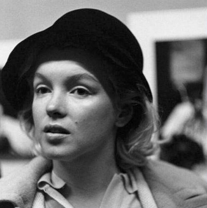 Мэрилин Монро без макияжа, 1955