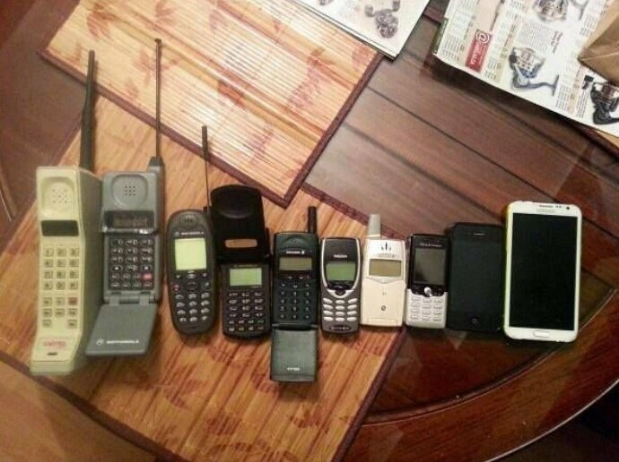 Эволюция мобильных телефонов за 30 лет