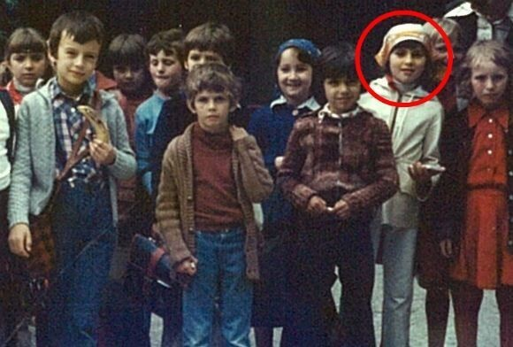 Мелания Кнавс родилась в маленьком городке Севница (Югославия)