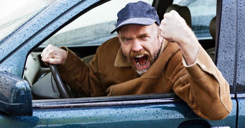 Выяснилось, за руль каких авто садятся неадекватные водители