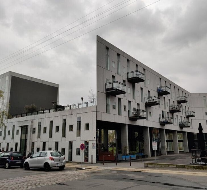 11. Двухмерное здание