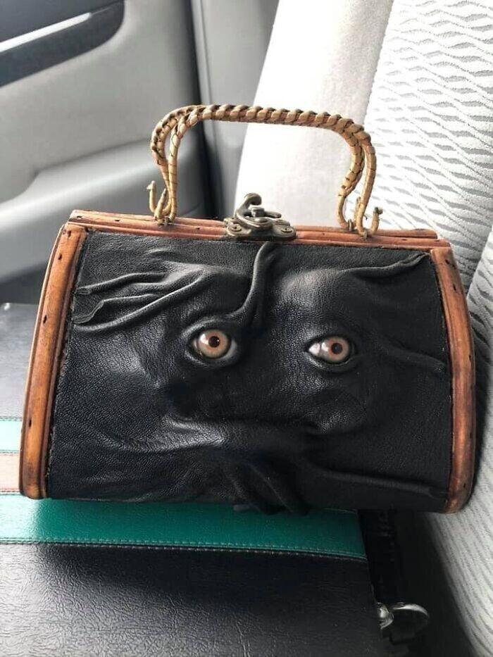 """1. """"Дамская сумочка ручной работы, приобретена на распродаже"""""""