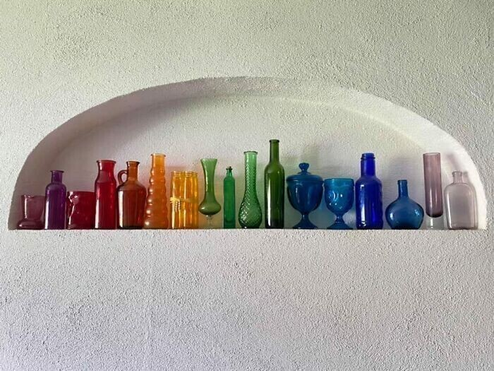 """4. """"Моя коллекция посуды из цветного стекла, собранная по частям"""""""