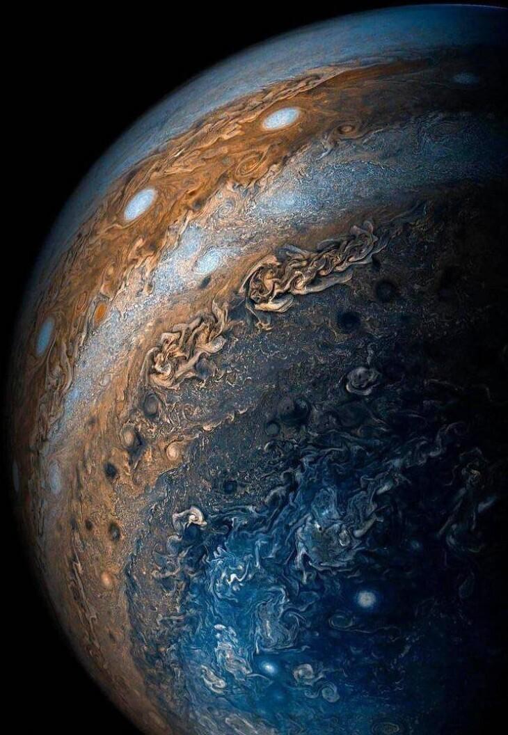 Один из самых детальных снимков Юпитера от NASA