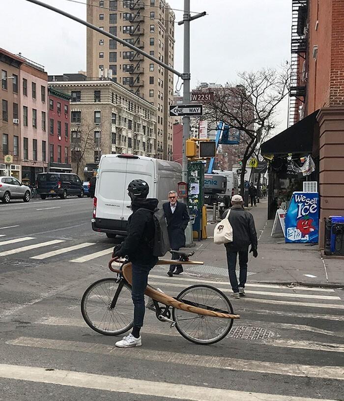 Деревянная рама для велосипеда с необычным дизайном