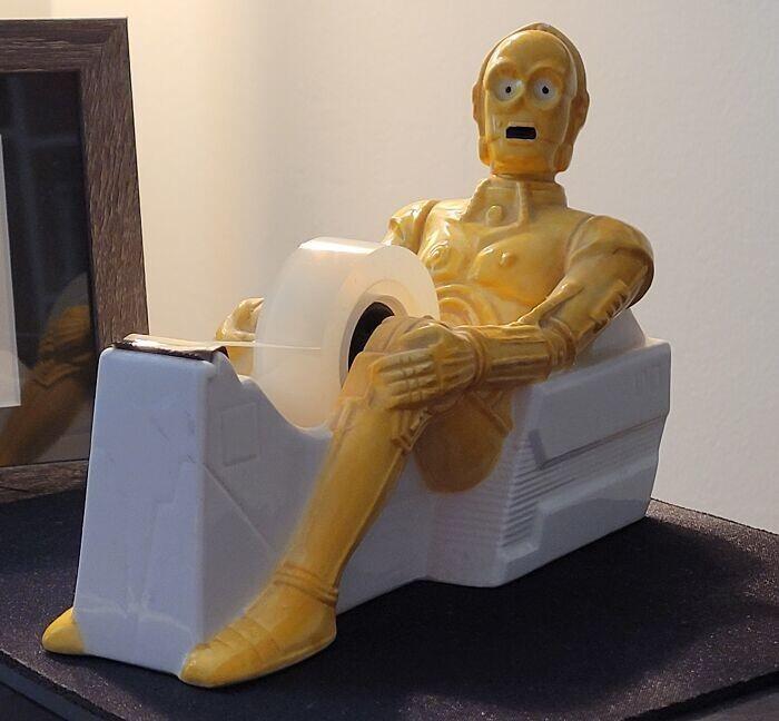 20. C-3PO радуется новой профессии распределителя скотча
