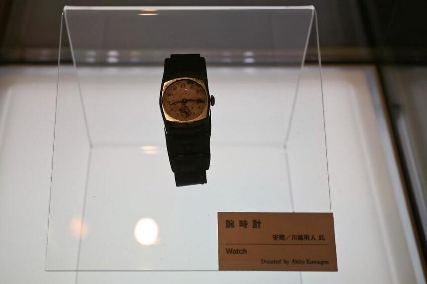 Часы, принадлежащие Акито Кавагоэ. Они остановились в 8.15 – в то самое время, когда в 1945 году на Хиросиму была сброшена атомная бомба