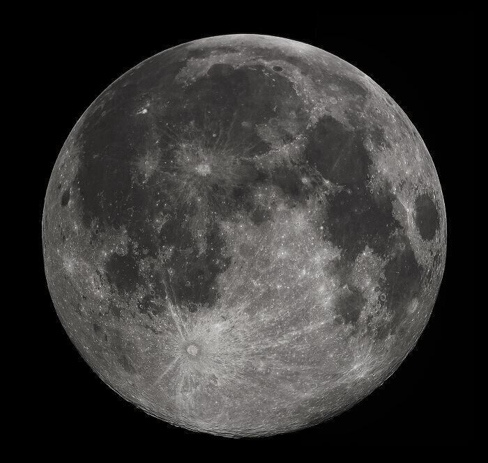 """""""Как Луна определяет, какой именно она будет сегодня на небе - месяцем, полу-месяцем или Луной?"""""""