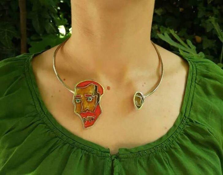 Ожерелье для ценителей Ван Гога и необычных украшений