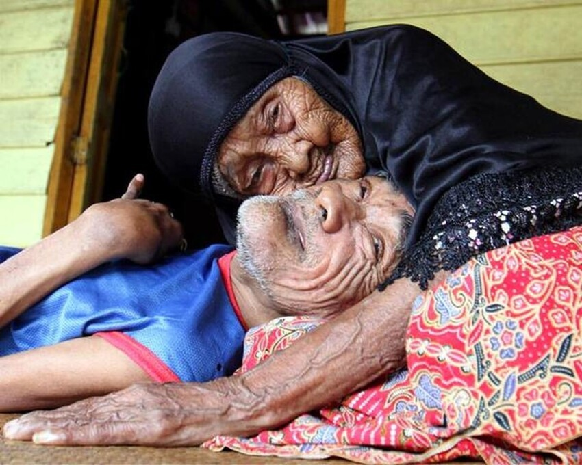 101-летняя мама с больным от рождения 63-летним сыном