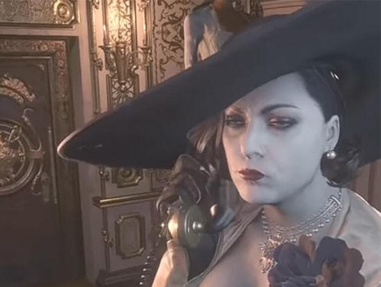 Леди Димитреску с телефоном (Lady Dimitrescu on the Phone)