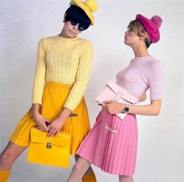 6. Пегги Моффит и Твигги, 1966 г.