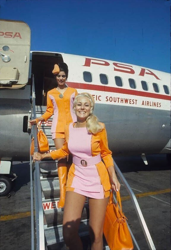 Стюардессы Pacific Southwest Airlines, 1972