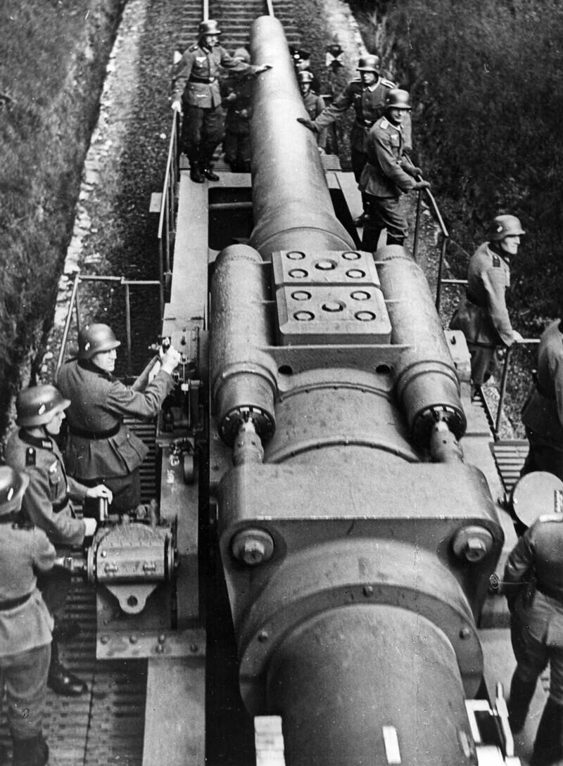 Железнодорожная пушка перед вторжением в Польшу в сентябре 1939 года