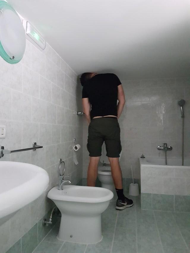 Туалет - это отдельная история