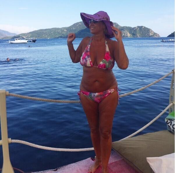 3. 65-летняя Лариса Копенкина во время отдыха в 2017 году