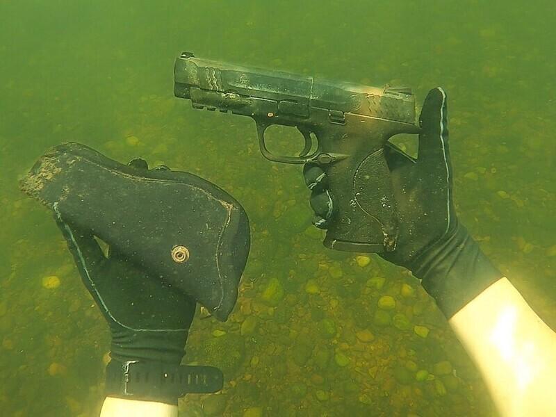 20 невероятных находок одного аквалангиста
